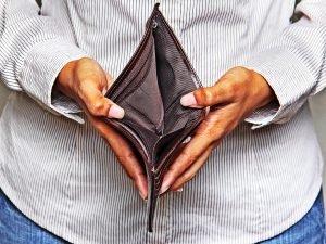 Dívida dos aposentados chega a R$ 1,6 bi no CE