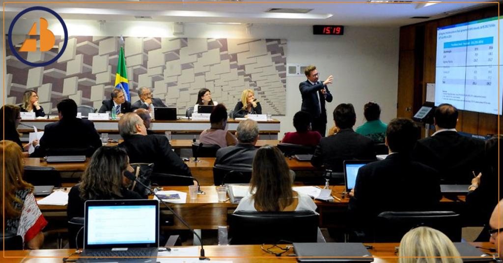 Adriane Bramante e Advogados Previdenciários Apontam Erros da Reforma na CPI da Previdência