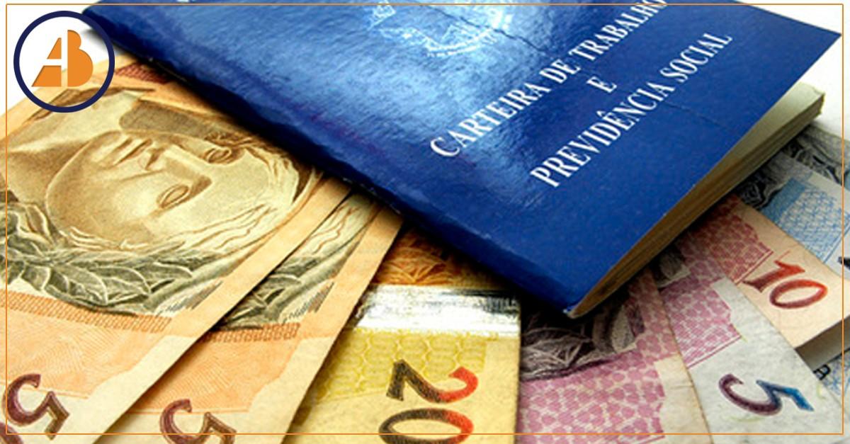 Com reforma da Previdência em risco, governo estuda fim do abono salarial